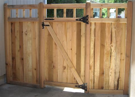 how to build a double swing wooden gate wood fences jmarvinhandyman