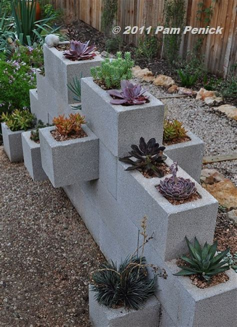cinder block planter easy decorative garden projects using cinder blocks