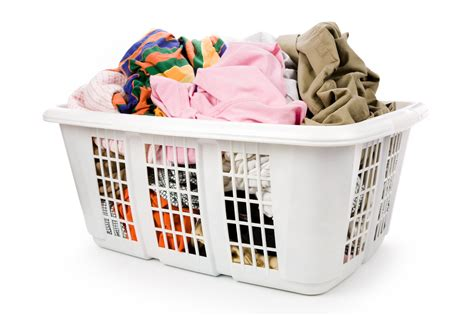 using laundry mat washer using a laundry and delivery service