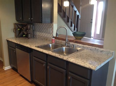 Spraying Countertops To Look Like Granite by Pin By Patt P On Kitchen And Bathroom