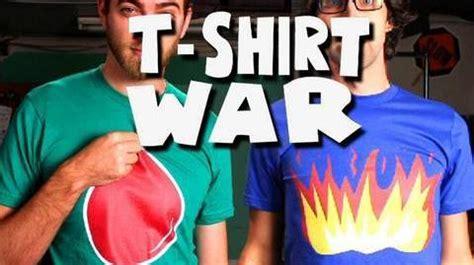 Belly Button War Vol 1 by T Shirt War Stop Motion Rhett Link Rhett