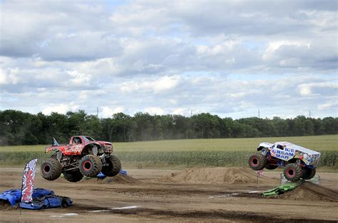 Outdoor Monster Truck Show Brings The Fans Out At Marshall