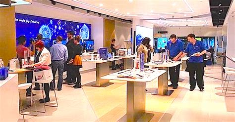e samsung store did samsung just copy apple with this samsung store