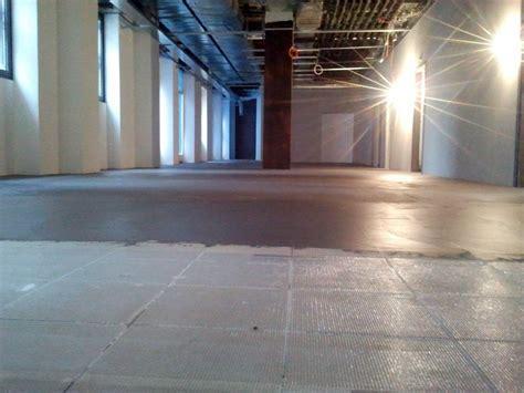 pavimenti in resina cementizia progetto posatura pavimento in resina cementizia idee