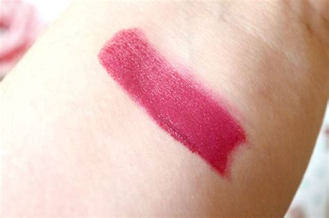 Review And Giveaway - freedom makeup pro lipstick now 119 adorn review and giveaway