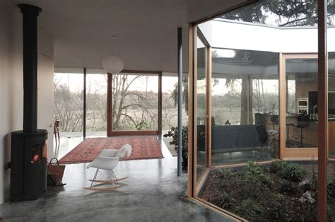 noa courtyard house the courtyard house by no architecture