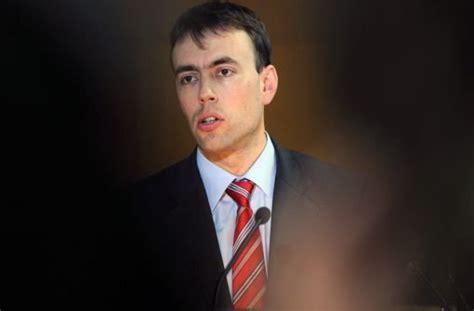 bw bank heidelberg öffnungszeiten wulff kredit finanzminister schmid ermahnt bw bank