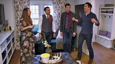 property brothers stream top 28 hgtv shows fixer upper season three sneak peek