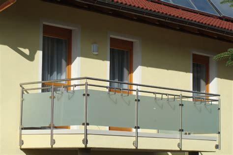 aussengeländer mit glas balkongel 228 nder mit glas kreative ideen f 252 r
