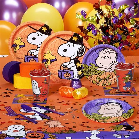 peanuts characters decorations 101 best images about peanuts on