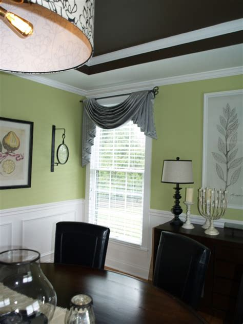Swag Curtains For Dining Room by Swags And Cascades Modern Dining Room Cleveland By