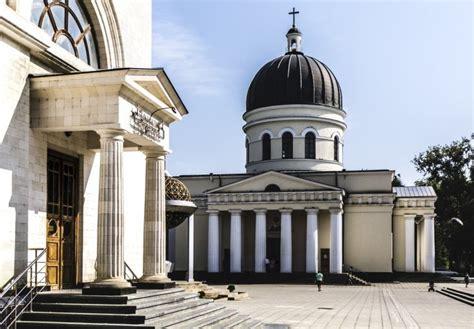 Tapis Noué by Tour Vinicole Et Culturel En Moldavie Voyage En