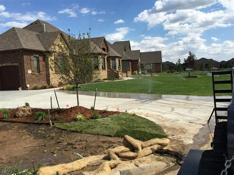 home lawn design pictures new home landscaping daniels lawn and landscaping services