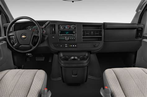 how cars run 2006 chevrolet express 2500 instrument cluster 2014 chevrolet express reviews and rating motor trend