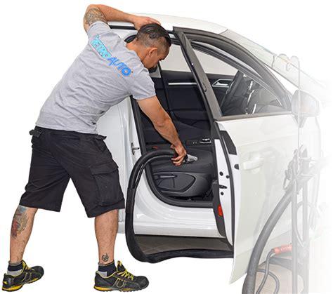 lavaggio interni auto pulizia e igienizzazione interni auto vetro auto