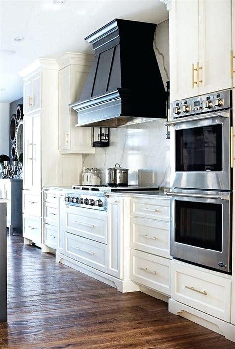 best 25 kitchen hoods ideas on pinterest kitchen hood stove hood vent april piluso me