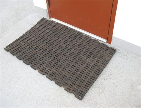 Rubber Door Mat Rubber Tire Link Door Mats Are Rubber Door Mats By