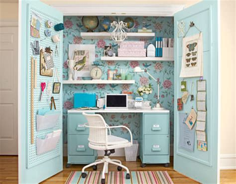 Diy Closet Desk Diy Home Office Small Spaces Decorating Your Small Space