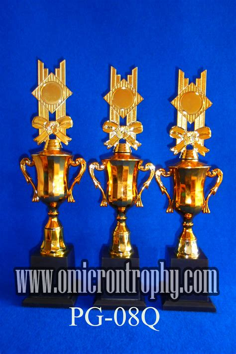 Plastik Bandung agen trophy plastik jakarta bandung omicron trophy