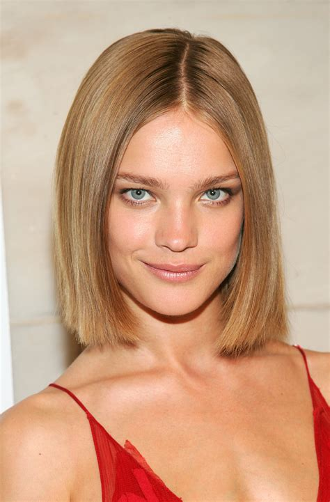 shoulder length blunt cut 15 stylish shoulder length hairstyles and haircuts for women