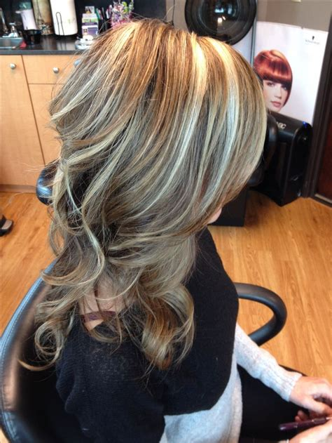 blonde on brown highlights light brown hair with blonde highlights and curls hair