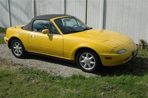 where to buy car manuals 1992 mazda miata mx 5 electronic throttle control 1992 mazda miata mx 5 convertible 5 speed manual yellow for sale mazda mx 5 miata 1992 for