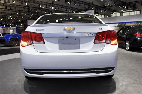 2015 chevrolet cruze at 2014 new york auto show image 2015 chevrolet cruze 2014 new york auto show size