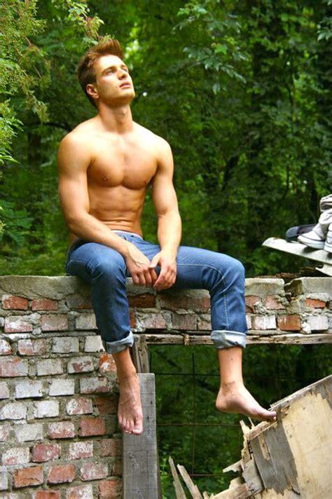 tommy cute boy model shirtless boys model barefoot boys models picture of francesco brunetti