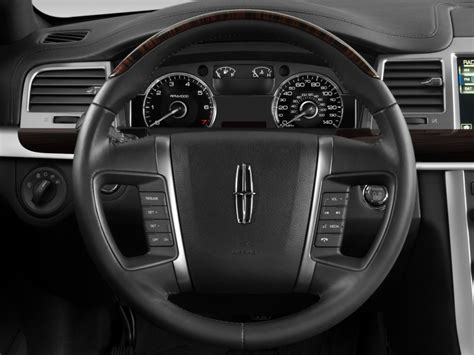 image  lincoln mks  door sedan  awd steering