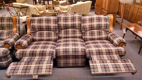 country plaid couches berkline country plaid sofa delmarva furniture consignment