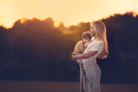 Bagi Kasih Berteduh Oleh Hson 10 foto ibu dan anak ini bakal bikin hatimu meleleh menunjukkan betapa besarnya kasih sayang