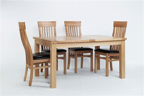 Extending Dining Table 6 Chairs Sherwood Oak Large Extending Dining Table 6 Or 8 Sherwood Oak Slat Back Chairs