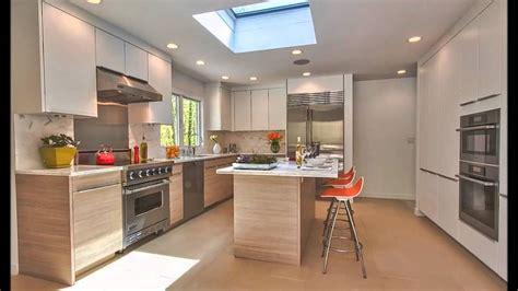illuminazione a soffitto moderna illuminazione cucina moderna