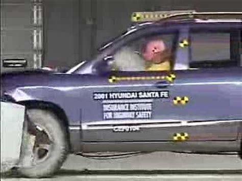 how to work on cars 2001 hyundai santa fe seat position control crash test 2001 2006 hyundai santa fe iihs youtube
