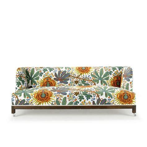 bj 246 rn tr 228 g 229 rdh pine sofa for svenskt tenn upholstered in