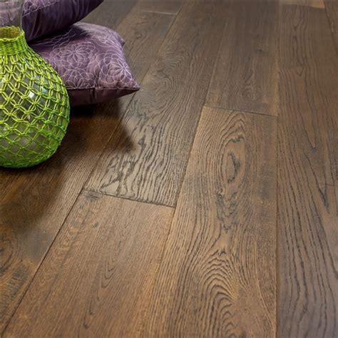 "7 1/2"" x 5/8"" European French Oak Colorado   Hurst Hardwoods"
