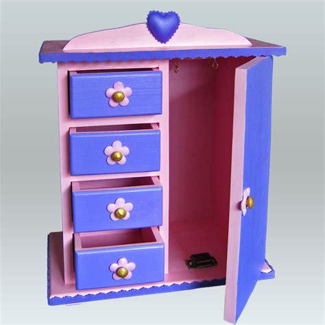 armarios joyeros terearte joyero en forma de armario para el cuarto de