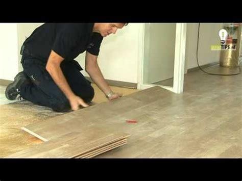 laminaat leggen you tube laminaat leggen in 10 stappen klustips nl youtube