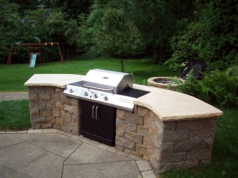 Backyard Bbq Built In Built In Barbecue Grill Outdoor Kitchen Building And Design