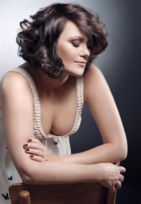 heavy formal hair styles short wavy haircuts for women 2012 2013 short