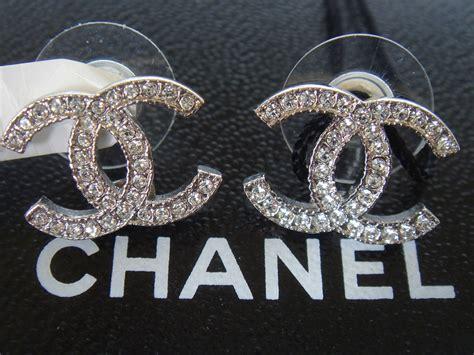 chanel logo earrings more information wypadki24 info