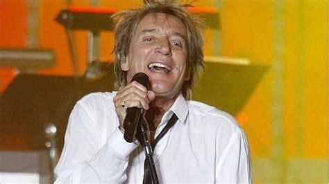 Stewarts Deal Upsets Rod by Rocker Rod Stewart Signs Deal For Las Vegas Concerts