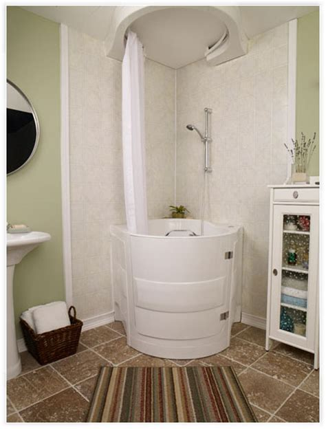 Walk In Bathtub With Shower by Bathtubs You Sit In With Door Bathtub Doors