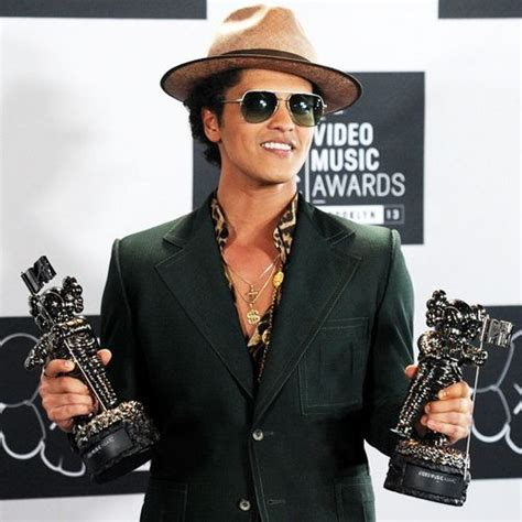 download mp3 bruno mars welcome back 17 best images about bruno mars on pinterest marry you
