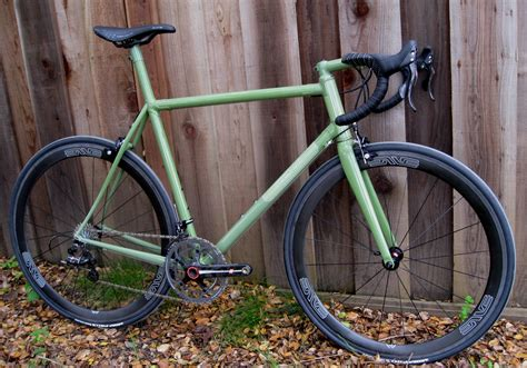 Handmade Bicycle Frames - s cyclery 187 with black cat framebuilder