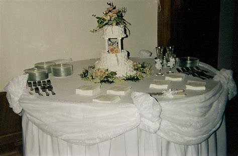 decorating wedding table ideas photograph cake table d