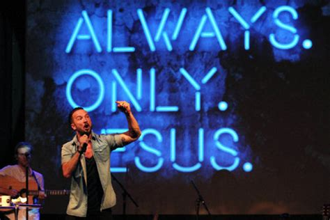 carl lentz tattoos hillsong nyc pastor carl lentz on starbucks cup