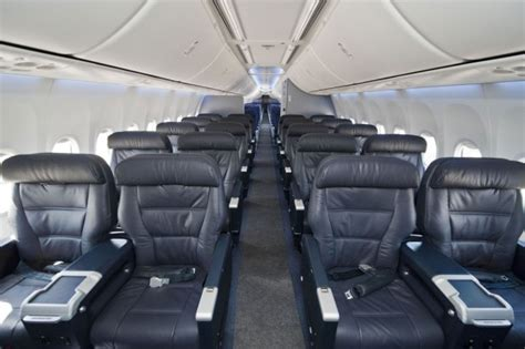 Boeing 737 900 Interior by United S Sky Interior Nycaviationnycaviation