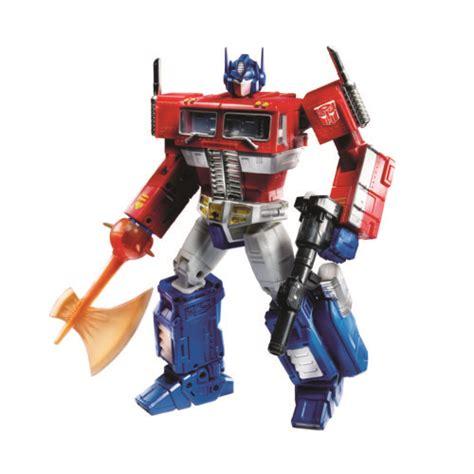 Transformes Motif A520a5 2017 toys r us comic con exclusives include voltron optimus prime marvel legends and more nerdist