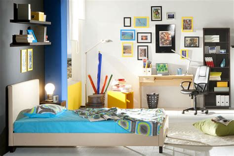 student house contents insurance average student possessions almost 163 4 000 confused com